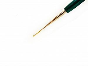 #17 - 0.75 mm Tulip brand plastic handle crochet hook. Length: 15 cm (6&). Made in Japan. #17 - 0.75 mm Brand Tulip, acs-136