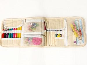 Comes in a case. The set contains: <ul><li>9 soft grip crochet hooks (2 mm (B/1), 2.5 mm(C/2), 3 mm (D/3), 3.5 mm (E/4), 4 mm (G/6), 4.5 mm (7), 5 mm (H/8), 5.5 mm (US I/9), 6 mm (US J/10))</li><li>12 color aluminum crochet hooks (2 mm (B/1), 2.5 mm(C/2), 3 mm (D/3), 3.5 mm (E/4), 4 mm (G/6), 4.5 mm (7), 5 mm (H/8), 5.5 mm (US I/9), 6 mm (US J/10), 6.5 mm (US K/10 1/2), 7 mm (US L 11), 8 mm (US L 11))</li><li>20 lock ring markers, tape measure, 2 row counters, 4 point protectors,knitting gauge, 2 sitch holders, scissors, 6 plastic needles, 3 plastic cable stitch needles, etc </li></ul> Brand Ice Yarns, acs-1262