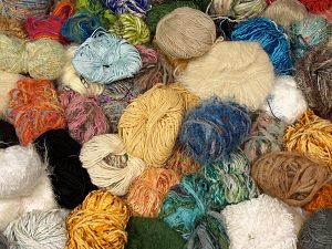 Leftover Yarns In this list; you see most recent 50 mixed lots. <br> To see all <a href=&/mixed_lots/o/4#list&>CLICK HERE</a> (Old ones have much better deals)<hr> Brand Ice Yarns, fnt2-69813