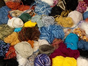 Leftover Yarns In this list; you see most recent 50 mixed lots. <br> To see all <a href=&/mixed_lots/o/4#list&>CLICK HERE</a> (Old ones have much better deals)<hr> Brand Ice Yarns, fnt2-69820