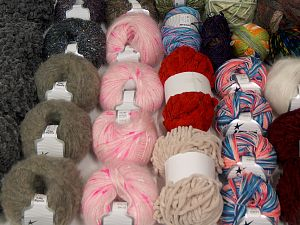 Fancy Yarns In this list; you see most recent 50 mixed lots. <br> To see all <a href=&/mixed_lots/o/4#list&>CLICK HERE</a> (Old ones have much better deals)<hr> Brand Ice Yarns, fnt2-70170