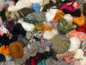 Leftover Yarns In this list; you see most recent 50 mixed lots. <br> To see all <a href=&/mixed_lots/o/4#list&>CLICK HERE</a> (Old ones have much better deals)<hr> Brand Ice Yarns, fnt2-70212