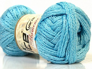 A beautiful new scarf yarn. One ball is enough to make a beautiful scarf. Knitting instructions are included! İçerik 95% Akrilik, 5% Simli, Light Blue, Brand Ice Yarns, Yarn Thickness 6 SuperBulky Bulky, Roving, fnt2-22012